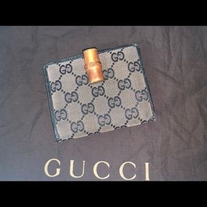 Authentic Gucci bamboo compact wallet clutch case